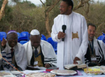 Rabbi Salters Helps the Lemba Israelites of South Africa