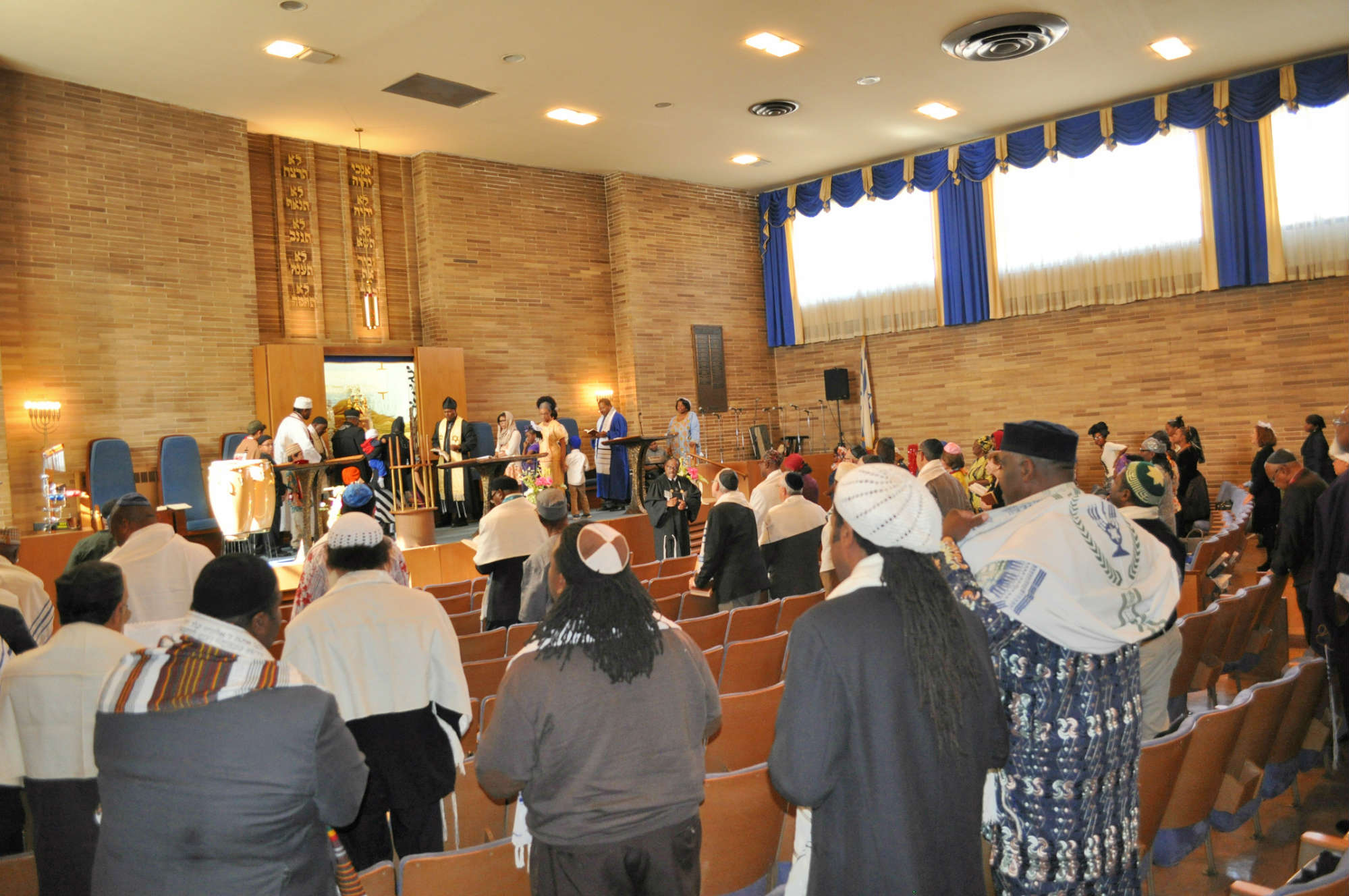 Beth Shalom 96thAnniversary Shabbat Morning (29)
