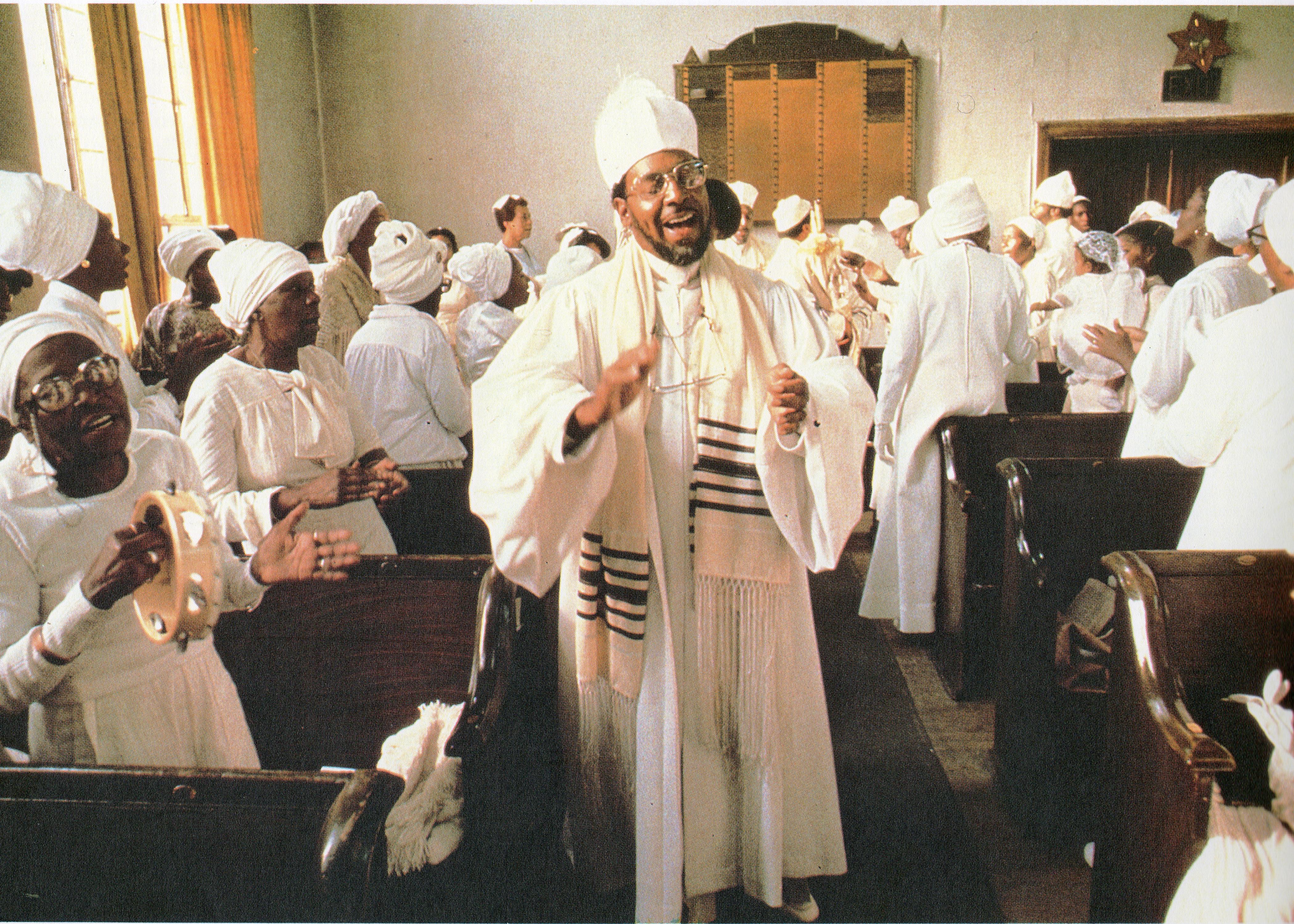 Chief Rabbi Levy Singing005